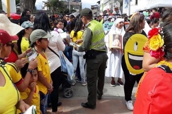 En medio de las Fiestas, la Policía desarrolla Campañas Educativas