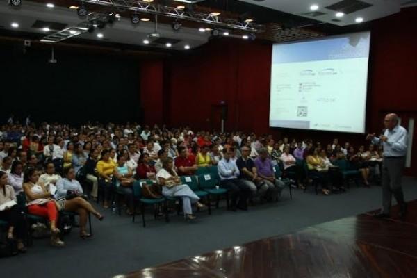 480 empresarios participaron de jornada de actualización normativa