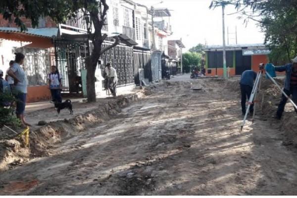 En las comunas de Neiva 'Pavimentemos Nuestra Cuadra' empezó a funcionar