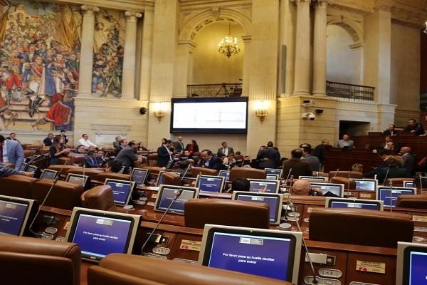 Se cayó el proyecto de Reforma Política que creaba curules adicionales en el Senado