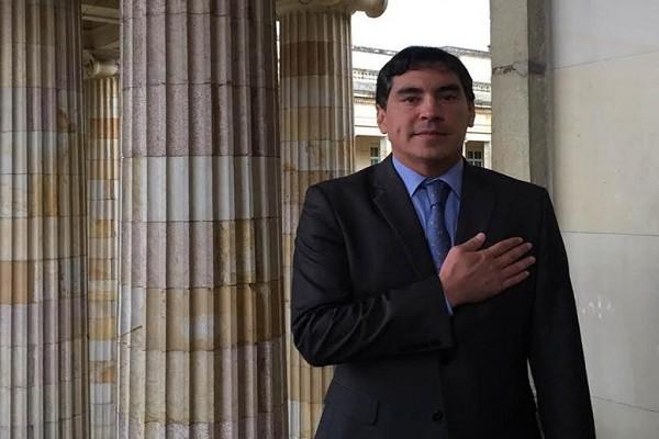 Álvaro Hernán Prada nuevo Comisionado de Acusaciones del Congreso