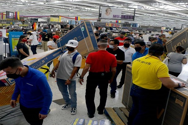 Colombia se alista para el tercer y último día sin IVA del año
