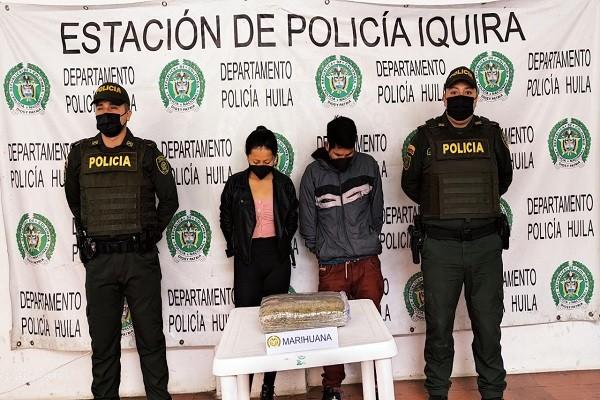 Viajaban en moto con 5 kilos de marihuana para Palermo