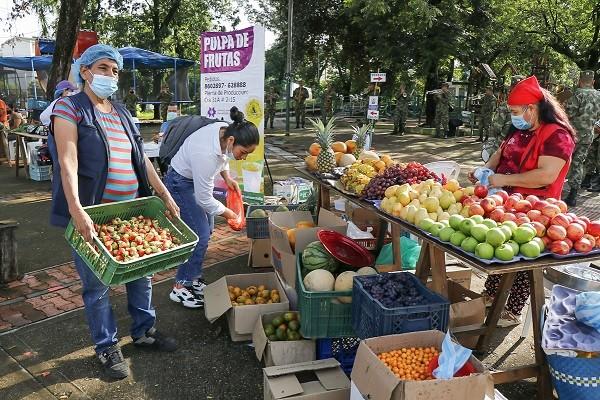 Hoy gran Mercado Campesino en Neiva