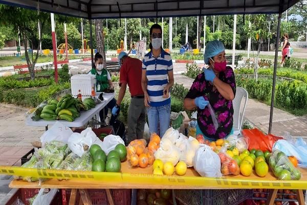 Hoy Mercado Campesino en el puente El Tizón