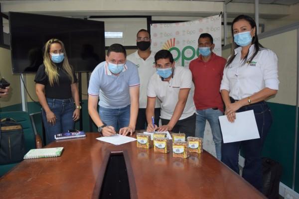 Productores de panela y frijol de Isnos venderán sus productos al PAE
