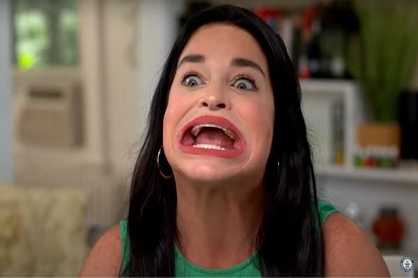 Samantha Ramsdell ganó el Récord Guinness a la boca más grande del mundo