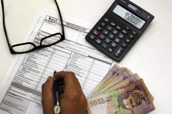 ¿Quiénes están obligados a declarar renta?