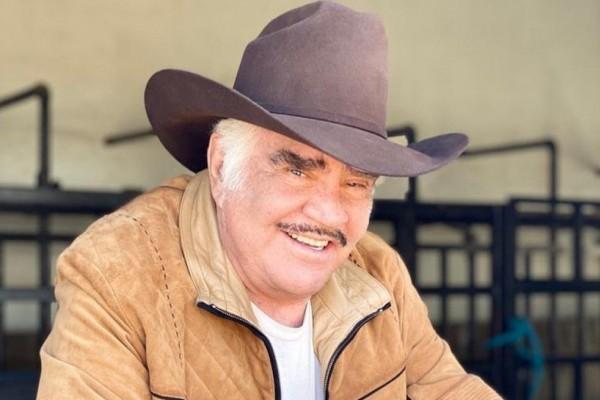 Vicente Fernández tuvo que ser operado de urgencia