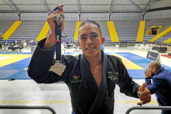 De estudiante de enfermería a campeón de Jiu Jitsu