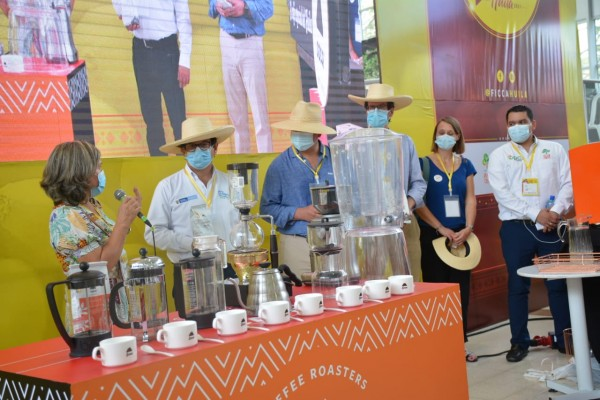 Ministro de Agricultura resaltó la Feria Internacional del Café