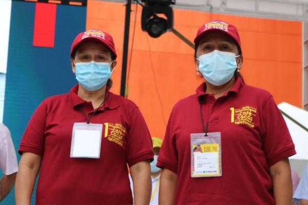 Mujeres cafeteras ganadoras del concurso al mejor café del Huila