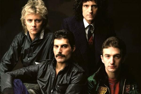 La banda británica Queen, celebra cinco décadas de vida con una tienda física en Londres