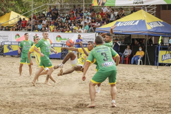 Sin playa, pero con actitud para conquistar los Juegos Nacionales de Mar y Playa