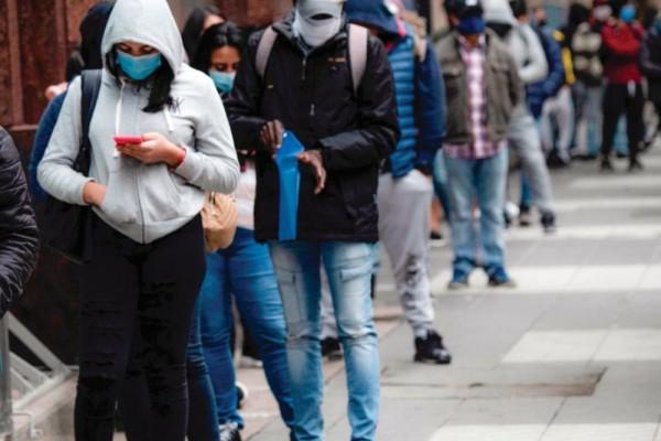 En agosto la tasa de desempleo en Colombia bajó a 12,3%