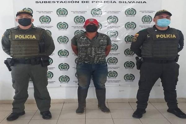 Se escondía en el 'Huila' para no responder por desplazamiento forzado